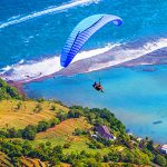 Paralayang di Bukit Timbis