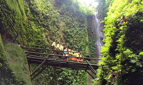 Aan secret Waterfall - air terjun di Klungkung