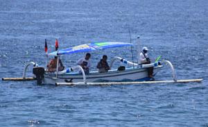 Aktivitas memancing di Amed