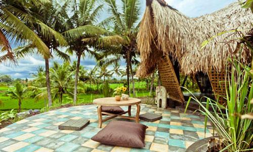 Firefly Eco Lodge = Rumah Bambu di Bali