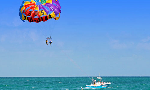 Parasailing adventure watersport di Tanjung Benoa