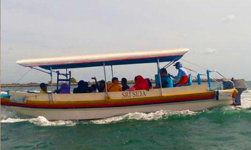Harga sewa glass bottom boat ke pulau penyu