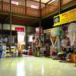 Pasar seni tradisional di Bali