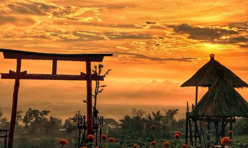 Sunset di Taman Jinja Besakih Bali