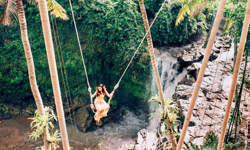Swing di D'tukad River Club Bali di Gianyar