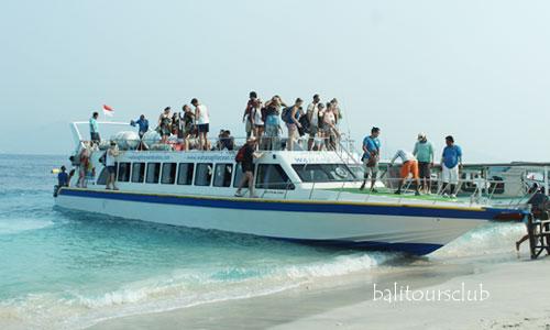 Tips naik speed boat atau kapal cepat