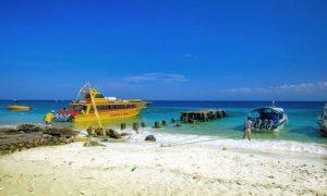 Pelabuhan Buyuk di Nusa Penida