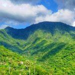Bukit Mencol di Karangasem