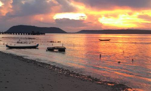 Sunset di pelabuhan Banjar Nyuh Nusa Penida