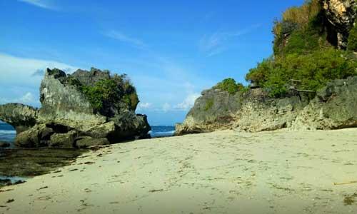Pantai Thomas Uluwatu