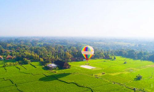 Wisata petualangan balon udara di Ubud Bali