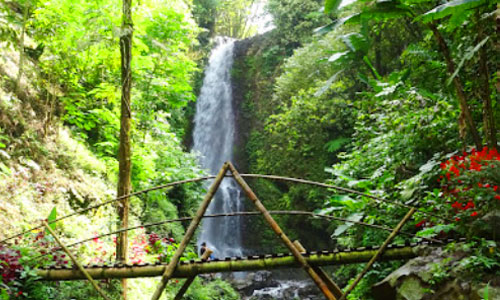 Air terjun Golden Valley di Munduk Buleleng