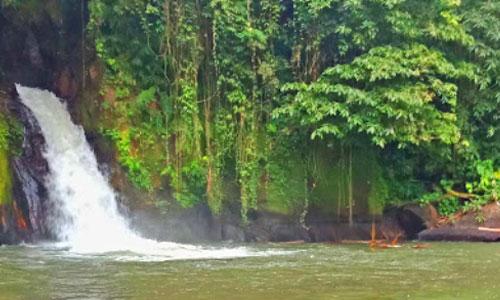Air terjun Penikit di Petang Bali
