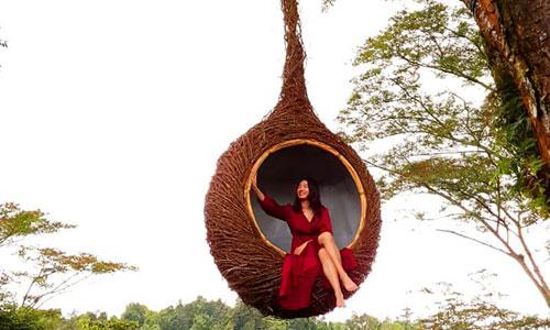 Wisata selfie di Wanagiri Hidden Hills