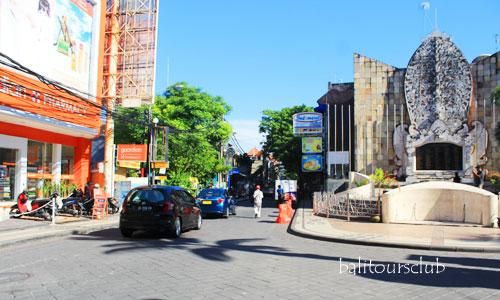 Monumen Bom Bali di Jalan Legian