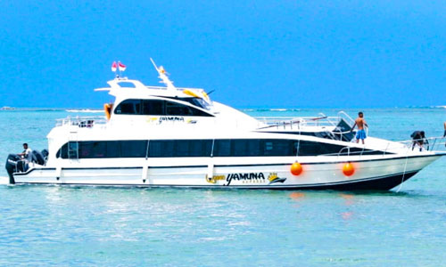 Speed boat Yamuna Express ke Nusa Penida