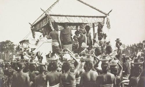 Upacara adat Bali tempo dulu