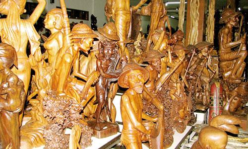 Patung di desa Mas ubud