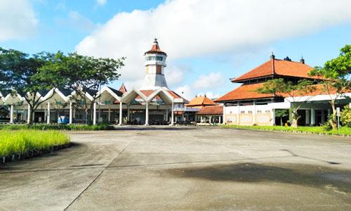 Terminal bus di Mengwi Bali