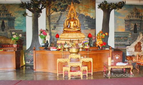 Alltar di Wihara Buddha