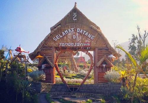 Objek wisata Taman Sari Bali di Temukus
