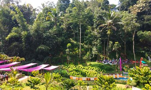 Wahana Sambhrama Ashram di Tabanan