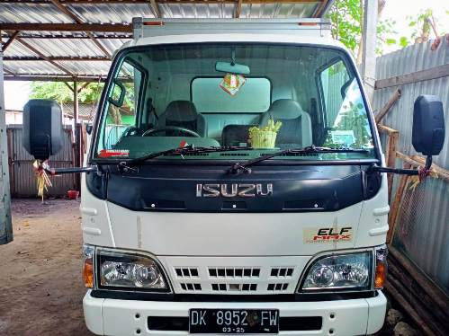 Sewa mobil box dan truk dii Denpasar Bali